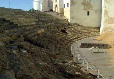 que ver cadiz centro teatro romano