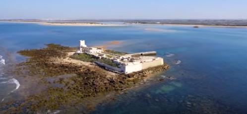 castillos de sancti petri visitas