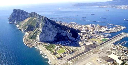 Aeropuerto cerca de cadiz gibraltar